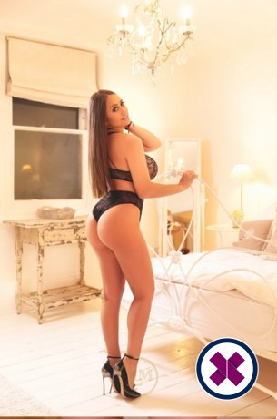 Alessandra is een super sexy Italian Escort in London