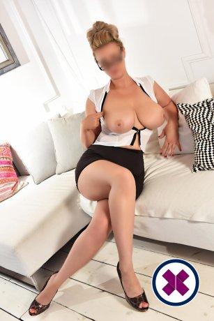 Jessica massage ist eine der beliebtesten Masseusen in Westminster. Rufen Sie sie an und buchen Sie ein Treffen.