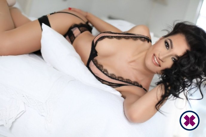 Cleopatra is a hot and horny Czech Escort from Harrow