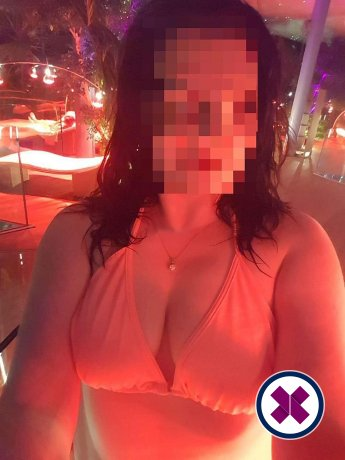 Jasmin is a sexy Italian Escort in Linköping