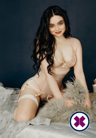 Angelina is a very popular English Escort in London